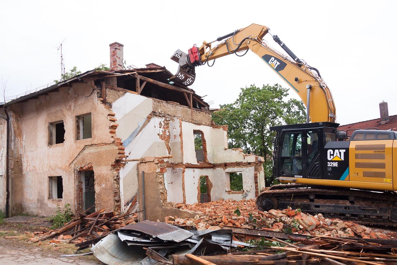 В Самаре за 87 тыс. рублей снесут три аварийных дома на улице Металлистов и проспекте Металлургов